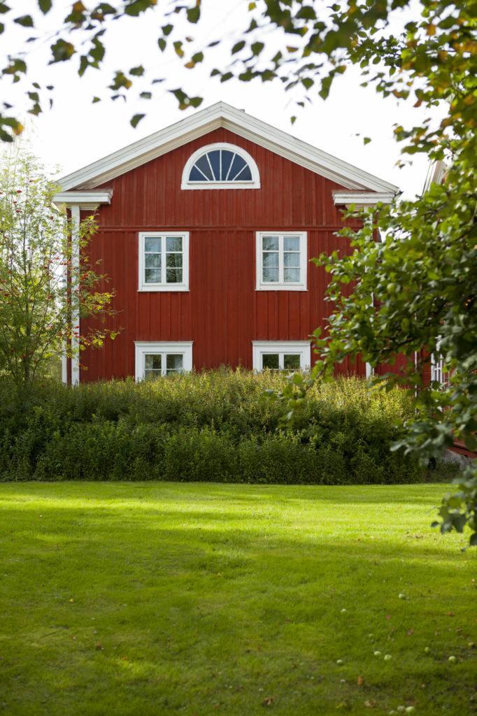 Kaksifooninkinen, punamullattu pohjalaistalo, Kauhajoki, Etelä-Pohjanmaa, matkailu