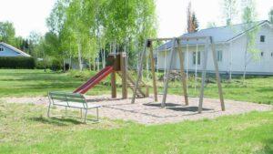 Ikkelänjoen leikkipuistosta.