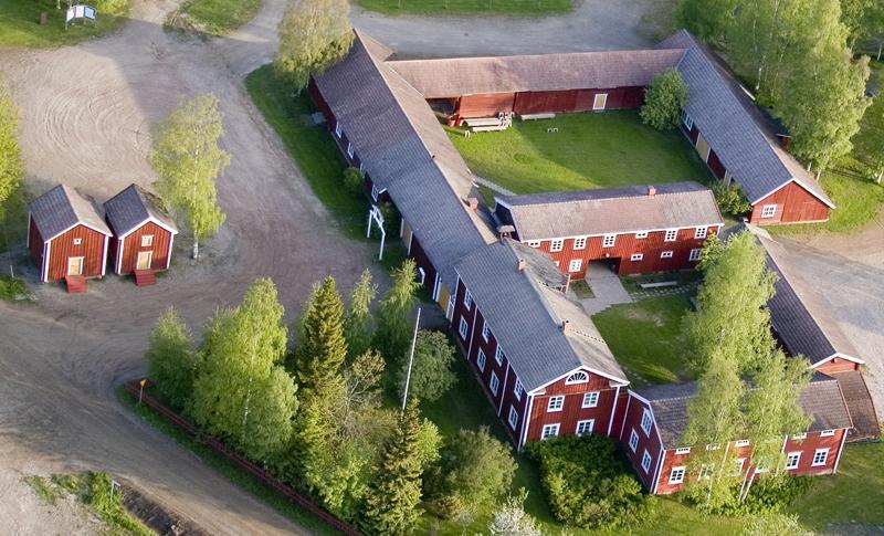 Hämes-Havusen talonpoikaiskiinteistön kuva ilmasta otettuna