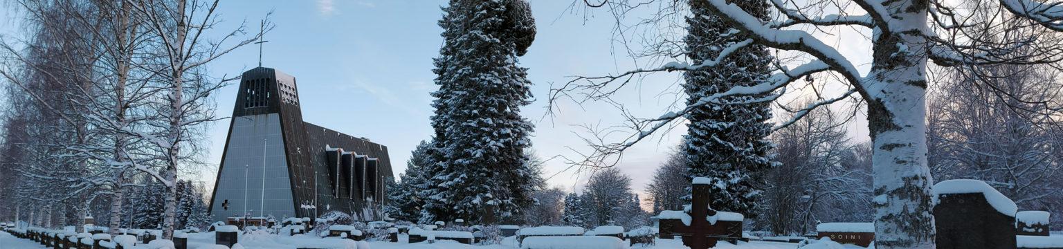 Kauhajoen evankelisluterilainen pääkirkko talviasussa